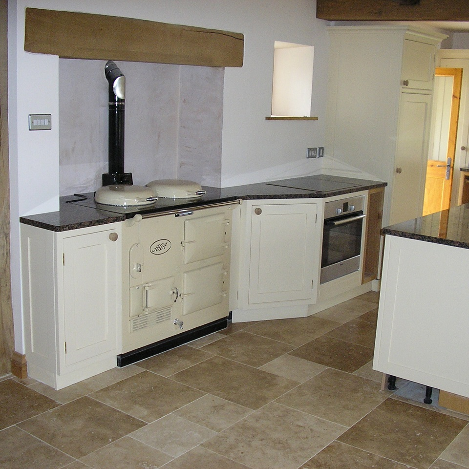 bespoke fitted kitchens worcestershire