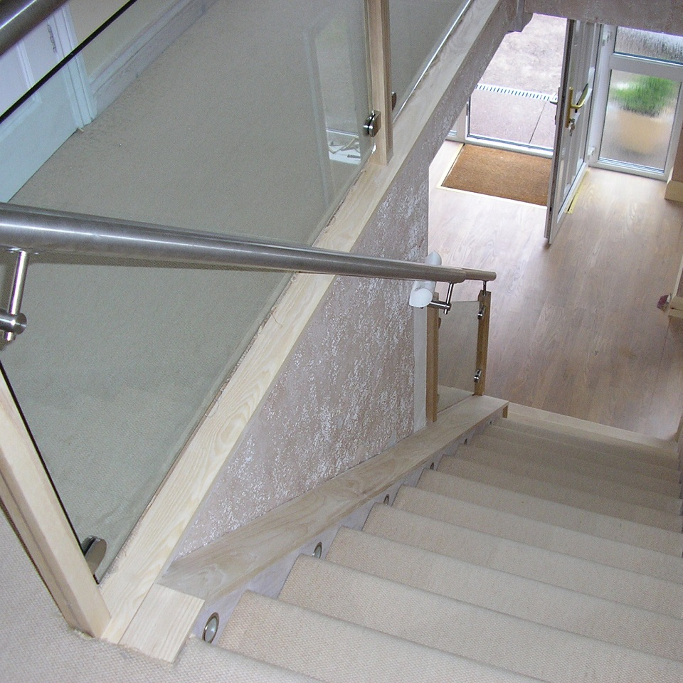 bespoke staircases fitted worcestershire