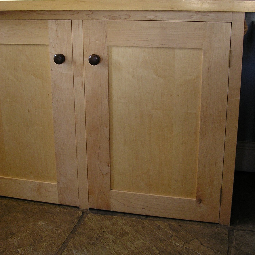 Kitchen cabinet makers worcestershire
