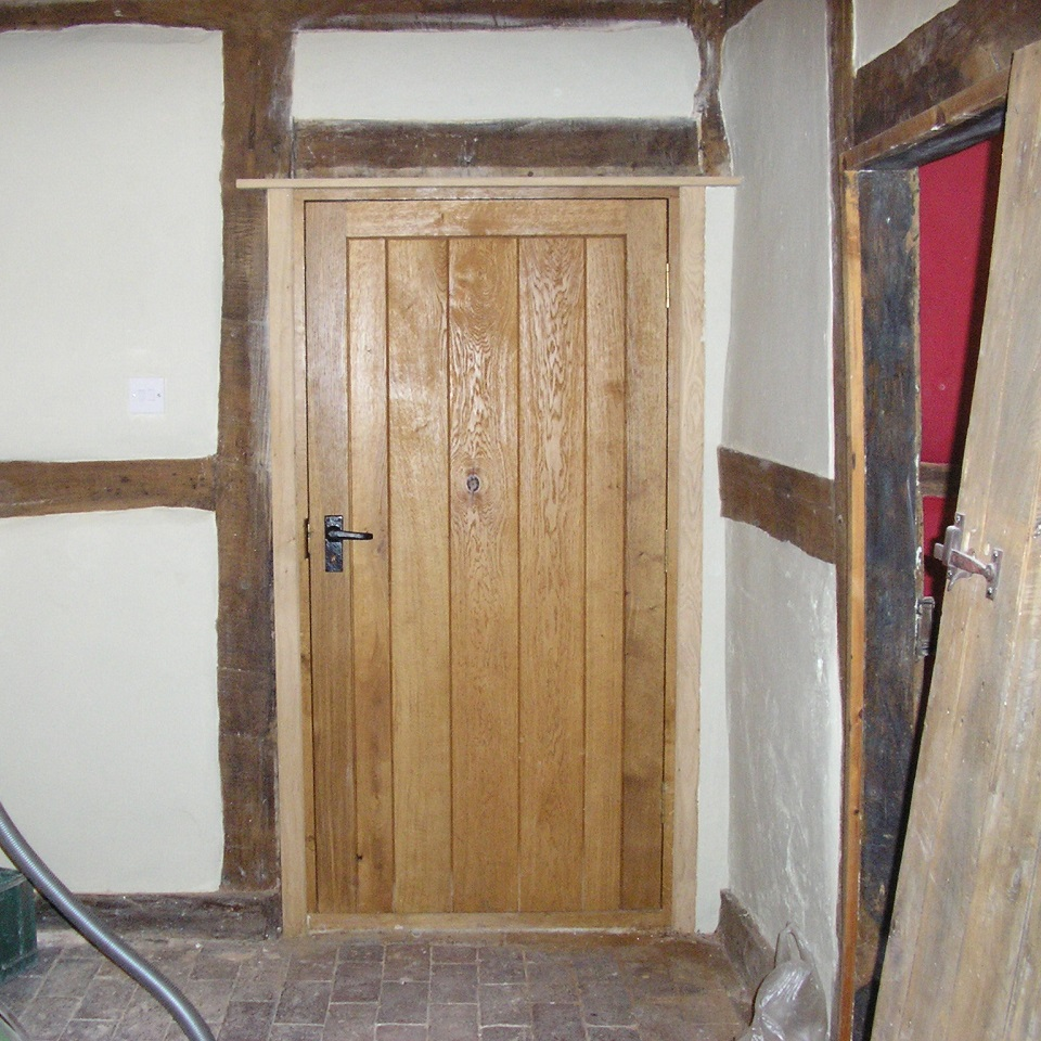 bespoke doors contractor in worcester